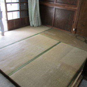畳からフローリングに改修工事写真01