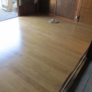 畳からフローリングに改修工事写真05