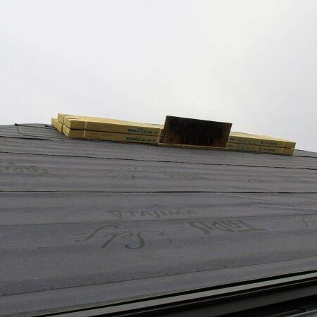 屋根ルーフィング下地張り