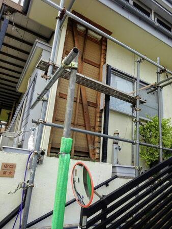 入間市 外壁改修工事 施工中の写真