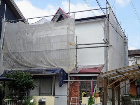 入間市 外壁・屋根塗装工事 施工中の写真