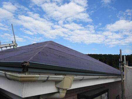 飯能市飯能 屋根施工中防水ネット貼り
